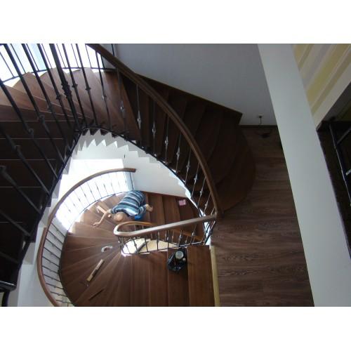 Лестница из дуба - ЛМВ-002